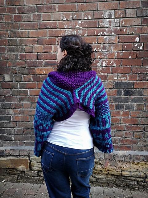 Bold & Beautiful knitting pattern - back view